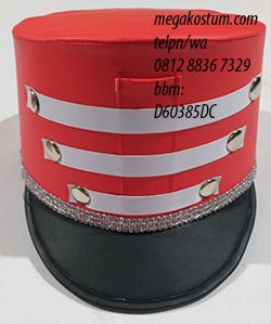 desain topi drumband merah hitam kombinasi putih